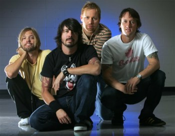 foo-fighters-rock-in-idrho-2011