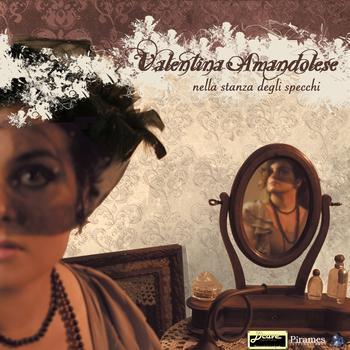 Valentina Amandolese nella stanza degli specchi