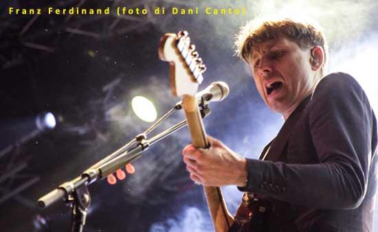 Franz-Ferdinand-02-Dani-Canto