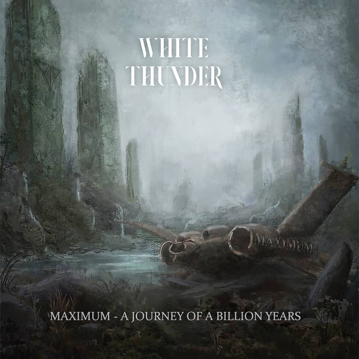 White Thunder - The Journey Of a Billion Years recensione
